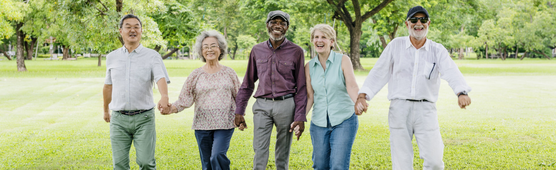 group of old people smiling
